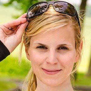 Marisa Hart Headshot