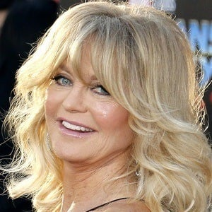 Goldie Hawn 1 of 10