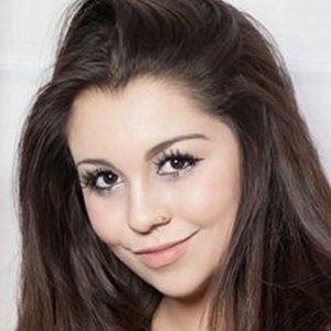 Victoria Hecnar 1 of 2