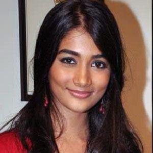 Pooja Hegde Headshot