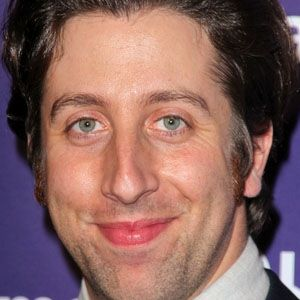 Simon Helberg 1 of 8