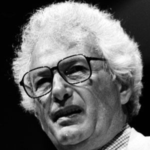 an overview of the world war two satire a novel catch 22 by joseph heller Joseph heller's 1961 war comedy catch-22 is one of the most beloved novels of the 20th century, not to mention one of the funniest here are a few interesting bits of information about both how .