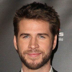 Liam Hemsworth 1 of 10