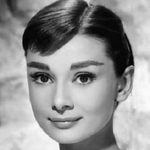 Audrey Hepburn 1 of 10