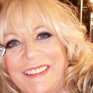 Sherrie Hewson Headshot