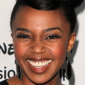 Jerrika Hinton 1 of 9