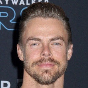 Derek Hough 1 of 10