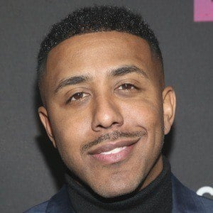 Marques Houston 1 of 6