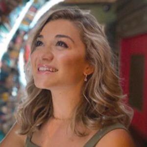 Abby Howard Headshot