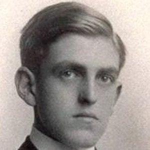 Sidney Howard Headshot