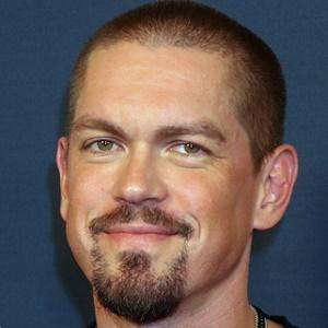 Steve Howey 1 of 6
