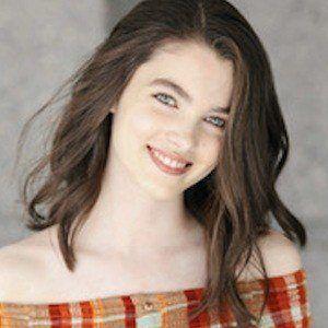 Elizabeth Hunter 1 of 4