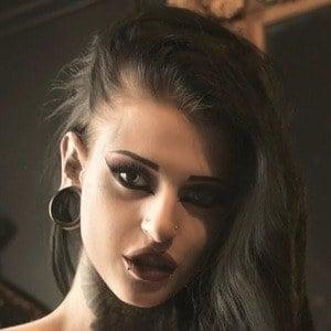 Ivana Hyde 1 of 3