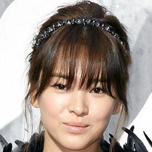 Song Hye-kyo Headshot