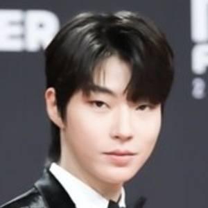 Hwang In-youp Headshot