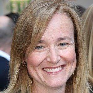 Jennifer Irwin Headshot