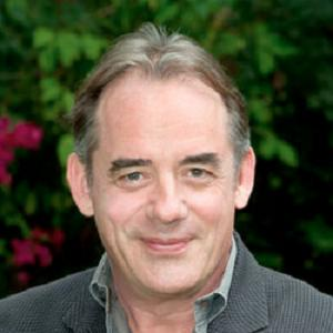 Tom Irwin Headshot