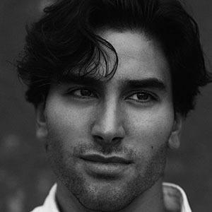 Jesús Isnard Headshot 1 of 5