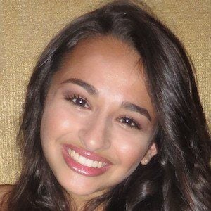 Jazz Jennings 1 of 4