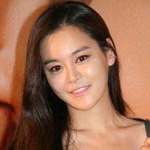 Lee Ji-sun - Bio, Facts, Family   Famous Birthdays