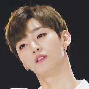 Yoon Ji-Sung Headshot