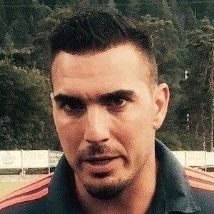 Roberto Jiménez Headshot