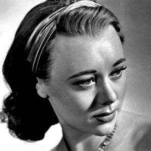 Glynis Johns 1 of 2
