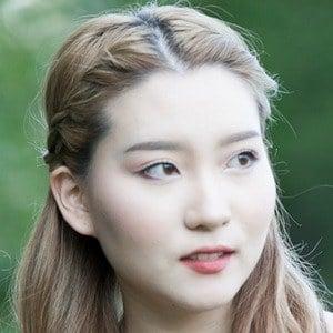 Yoora Jung 1 of 4