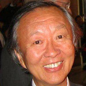 Charles Kao Headshot