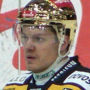 Sami Kapanen Headshot