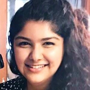 Anshula Kapoor 1 of 6