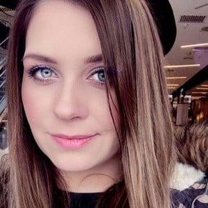 Karolina TheAmmisuDIY 1 of 6
