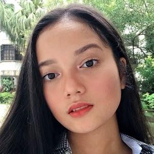 Kasih Iris Leona 1 of 6