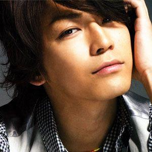 https://www.famousbirthdays.com/faces/kazuya-kamenashi-image.jpg