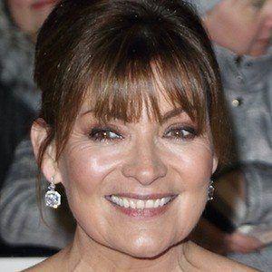 Lorraine Kelly 1 of 8