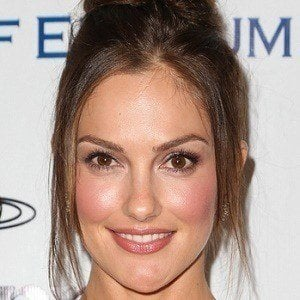Minka Kelly 1 of 10