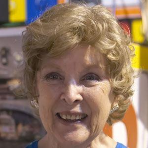 Margaret Kerry Headshot