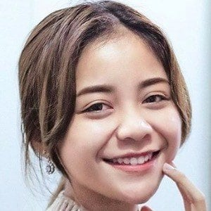 Farrah Khairina 1 of 6
