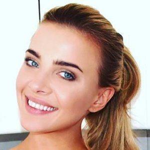 Olena Khamula 1 of 4
