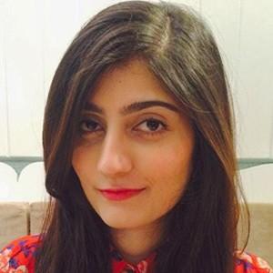 Anushae Khan 1 of 5
