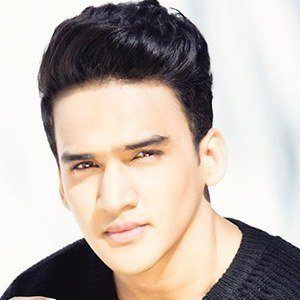 Faisal Khan 1 of 6