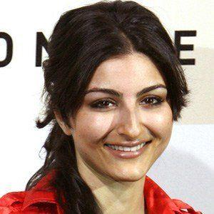 Soha Ali Khan Headshot
