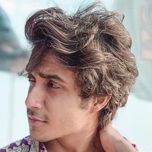 Tanzeel Khan 1 of 10