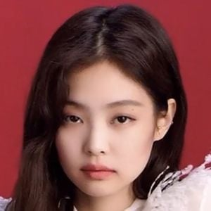 Jennie Kim 1 of 5