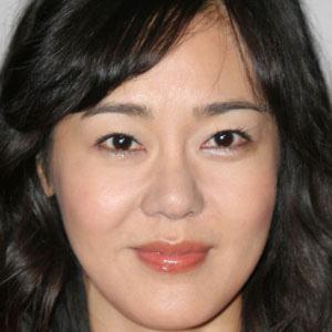 Yunjin Kim 1 of 3