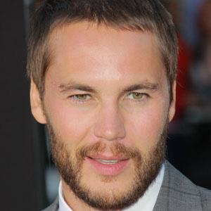 Taylor Kitsch 1 of 10