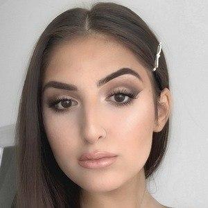 Sabrina Koun 1 of 6