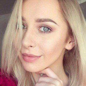 Ilona Krawczynskie 1 of 10
