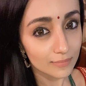 Trisha Krishnan 1 of 6
