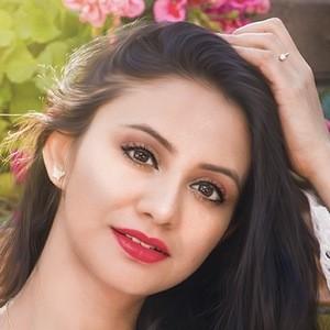 Ayushi Kumari 1 of 6